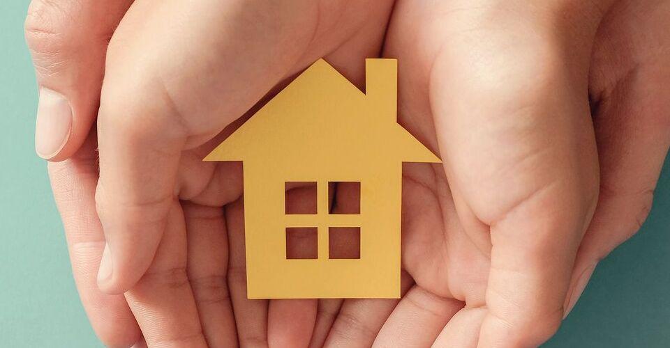 ¿Cuál es la diferencia entre contenido y continente en un seguro de hogar?